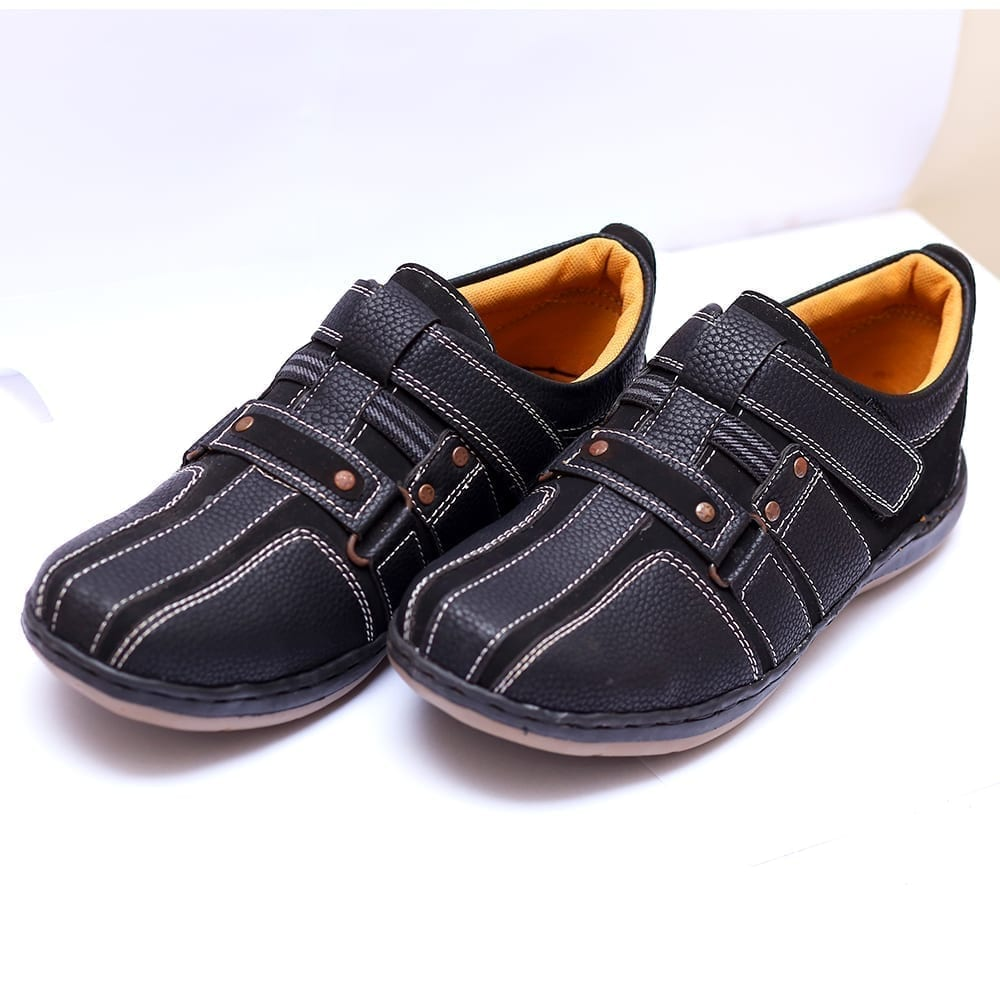 Buy Online Men Casual Slip on Shoes Price In Pakistan